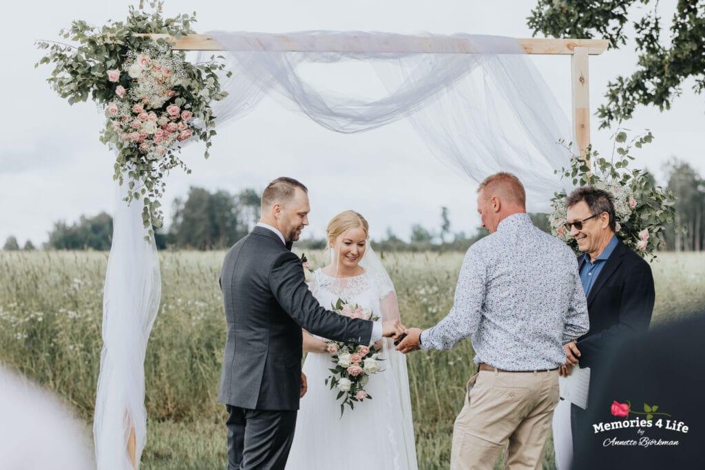 Trädgårdsbröllop i Önum 21