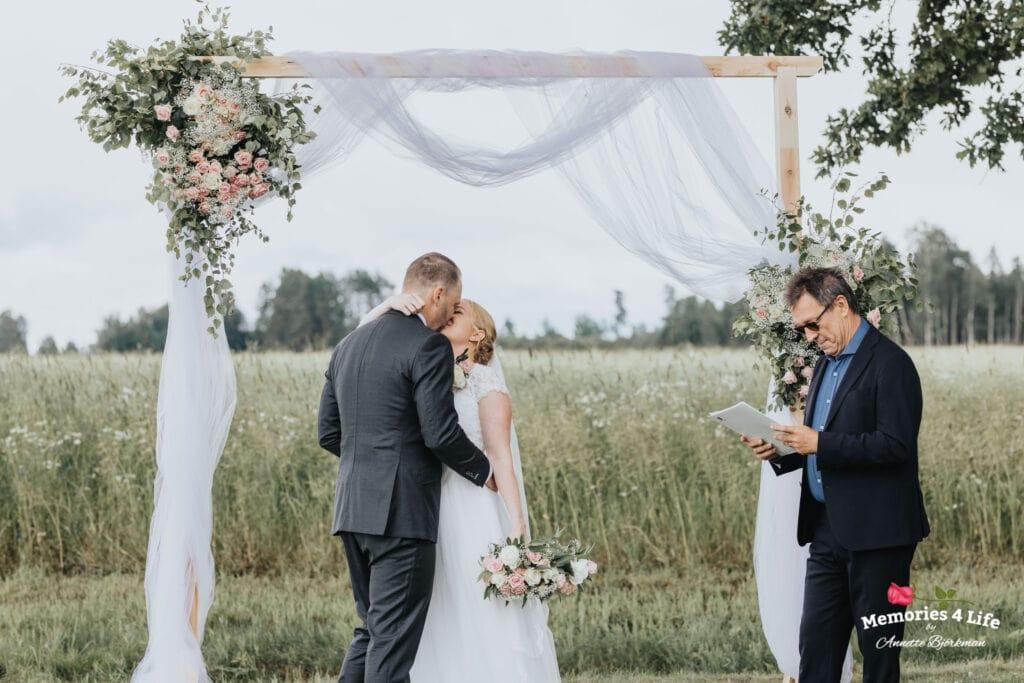 Trädgårdsbröllop i Önum 22
